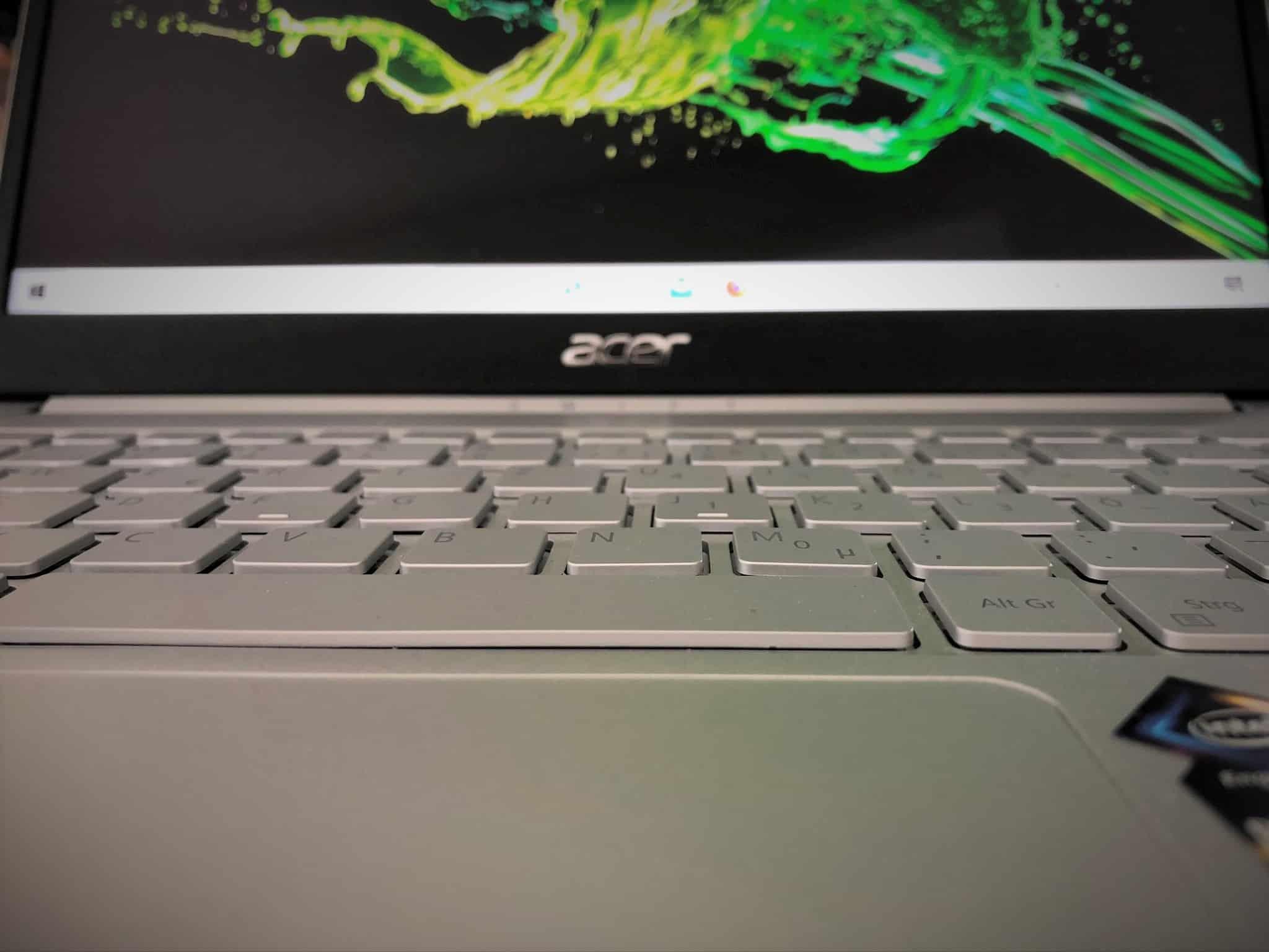 Acer Swift Bildschirm