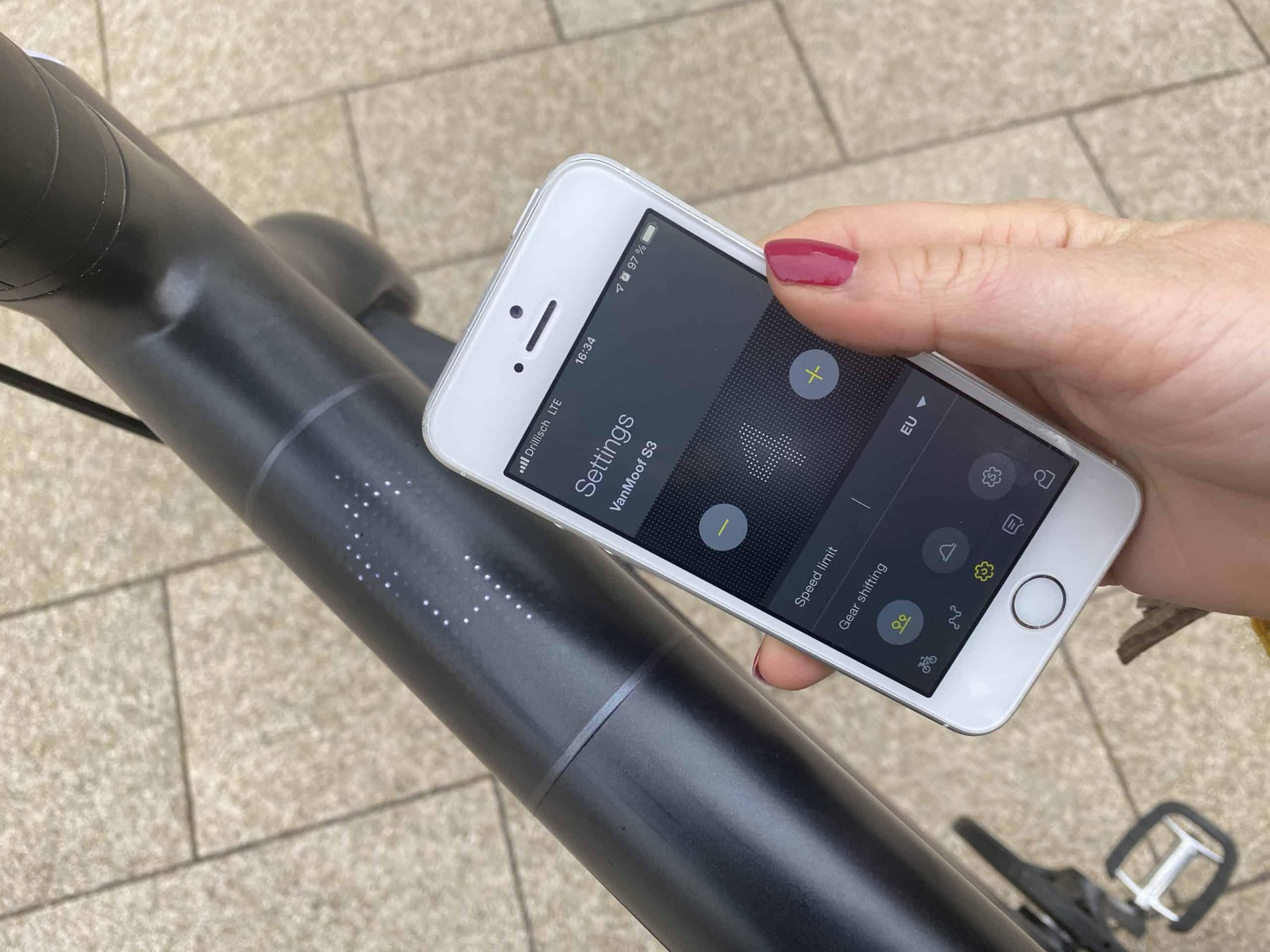 Fahrunterstützung am VanMoof S3 E-Bike per App einstellen