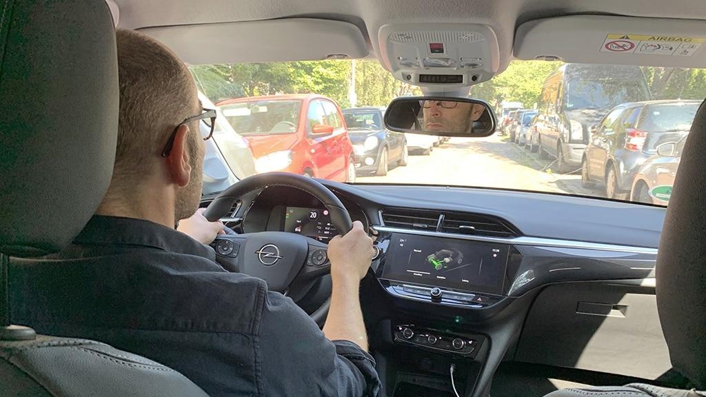 Opel Corsa-e: Das Elektro-Auto im Einsatz