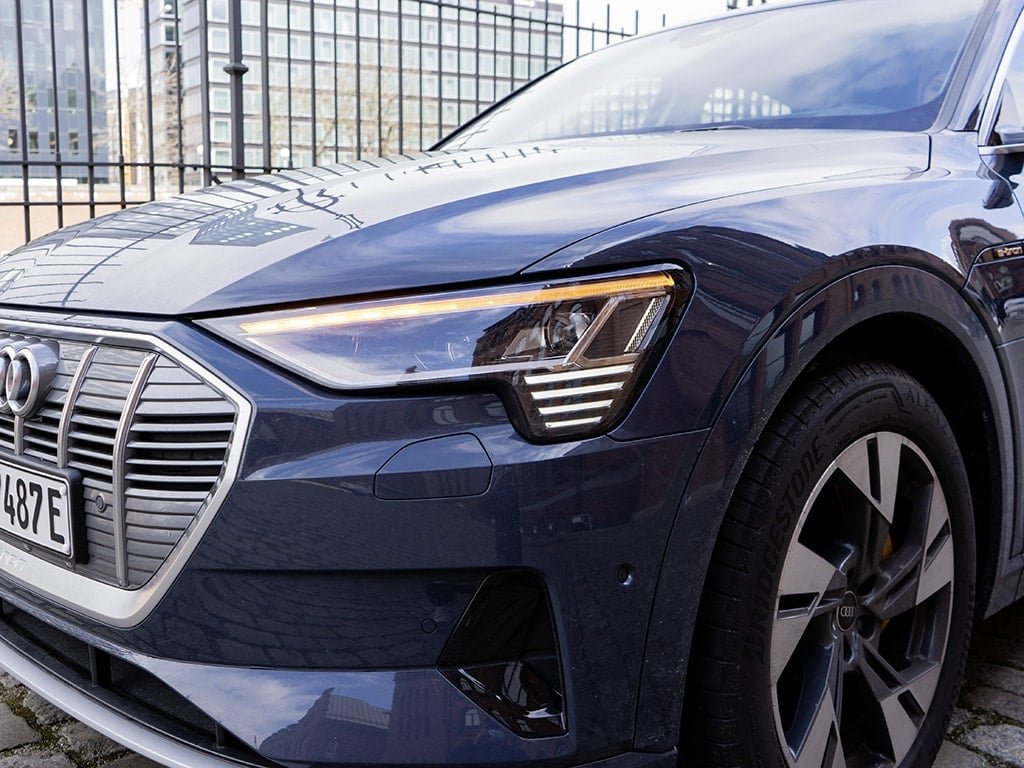 IMTEST_2021_Audi_eTron_blinker