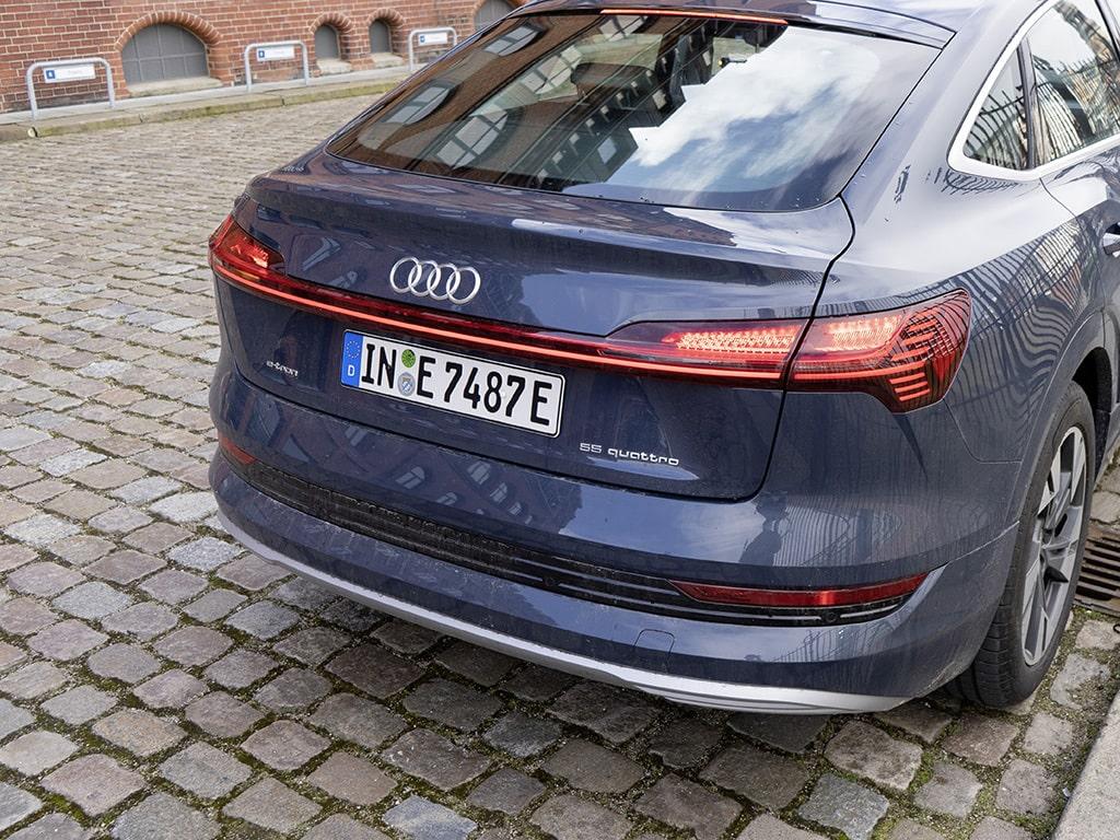 IMTEST_2021_Audi_eTron_bremslicht2