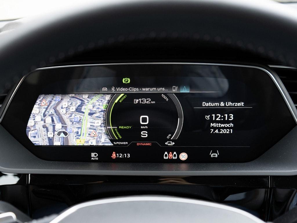 IMTEST_2021_Audi_eTron_display