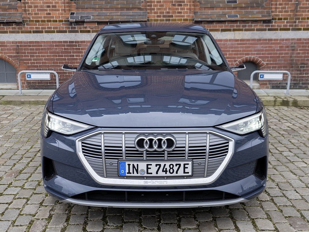 IMTEST_2021_Audi_eTron_front