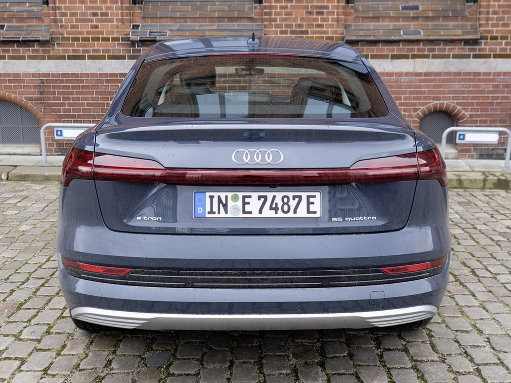 IMTEST_2021_Audi_eTron_heck