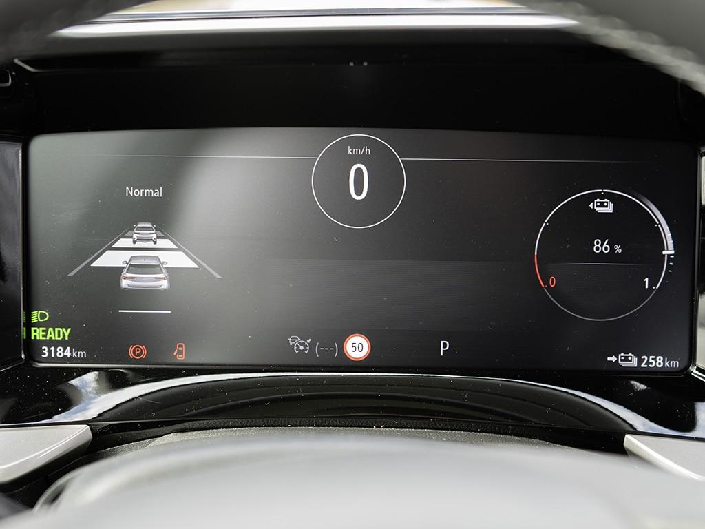 Mokka-e mit Digital Cockpit