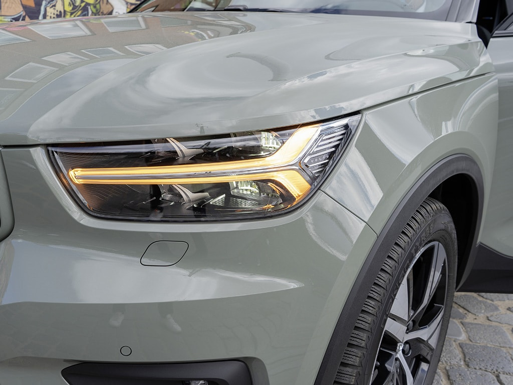 IMTEST_2021_Volvo_XC40_frontlicht