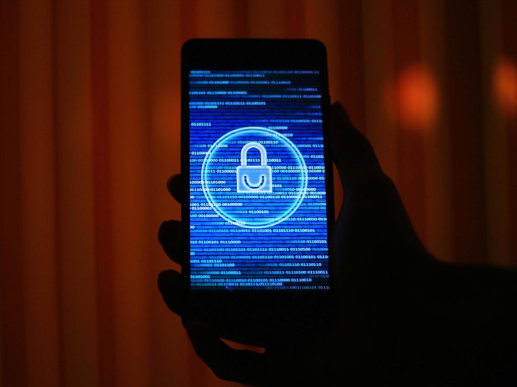 Ein Smartphone mit installiertem Virenschutz