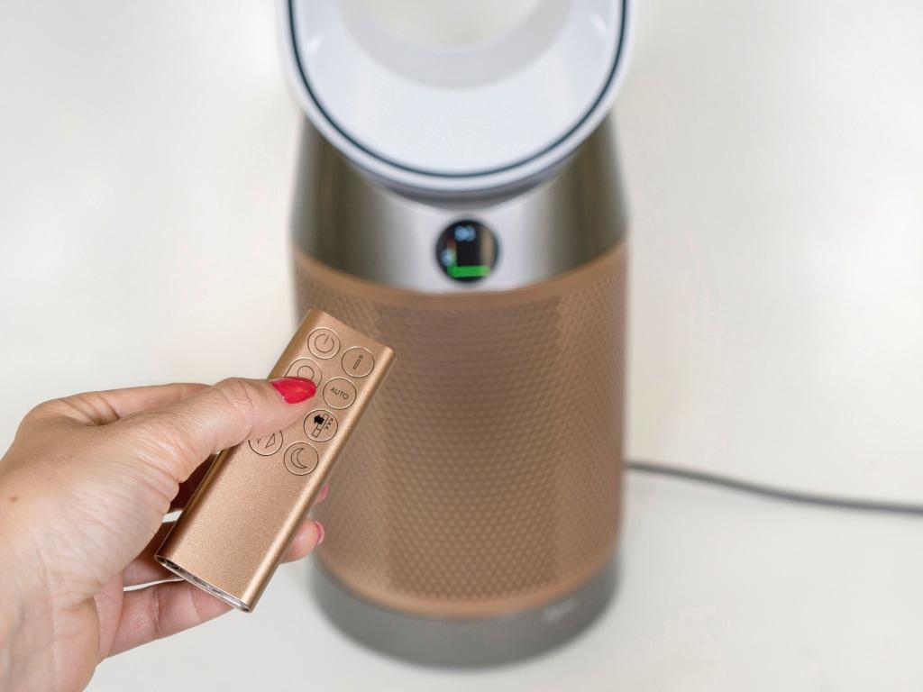 Dyson Reiniger mit Bluetooth Fernbedienung