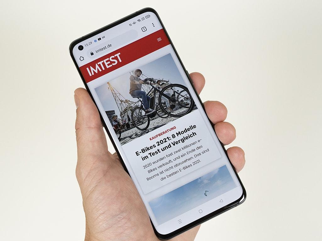 Display des Oppo Find X3 Pro