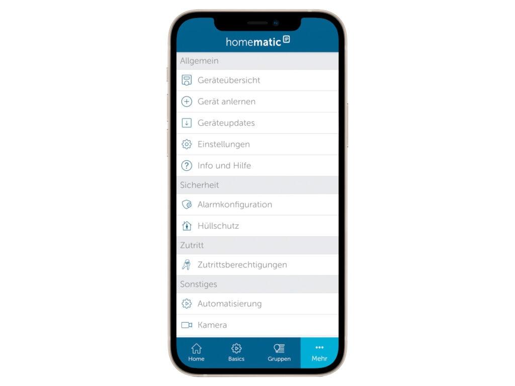 Handy mit geöffneter Homematic-App auf weißem Hintergrund