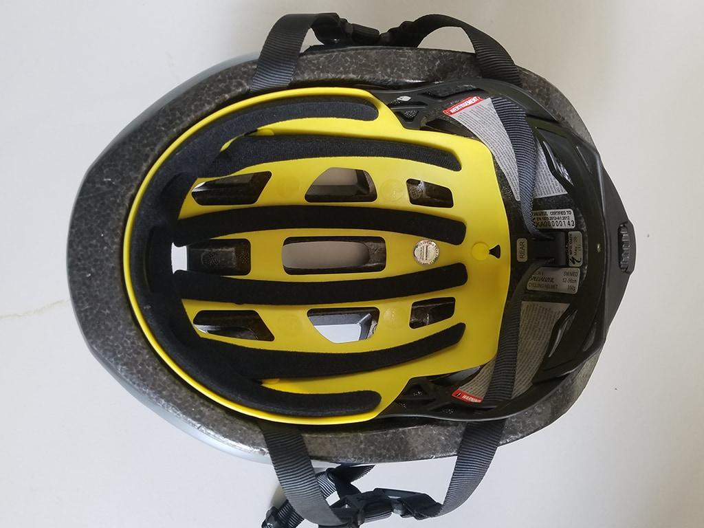 Specialized-Helmschale von innen