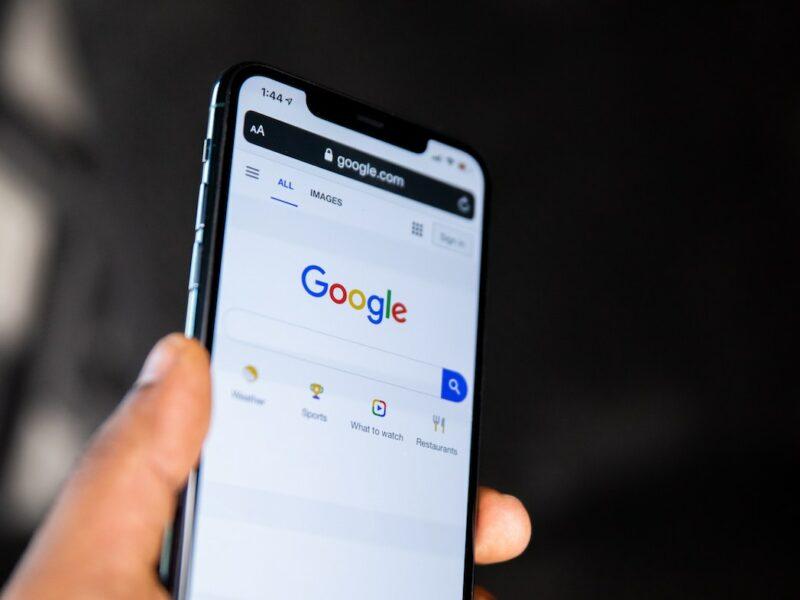 Die Google Suchmaschine auf einem Smartphone