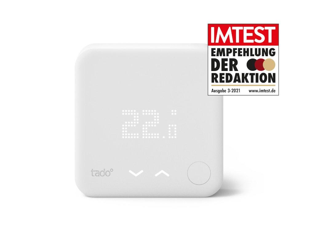 Quadratisches weißes Gerät vor weißem Hintergrund mit IMTEST-Empfehlungssiegel