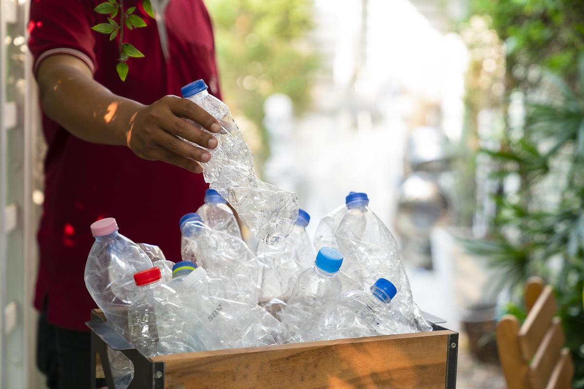 Plastikflaschen, die 2022 Pfand kosten