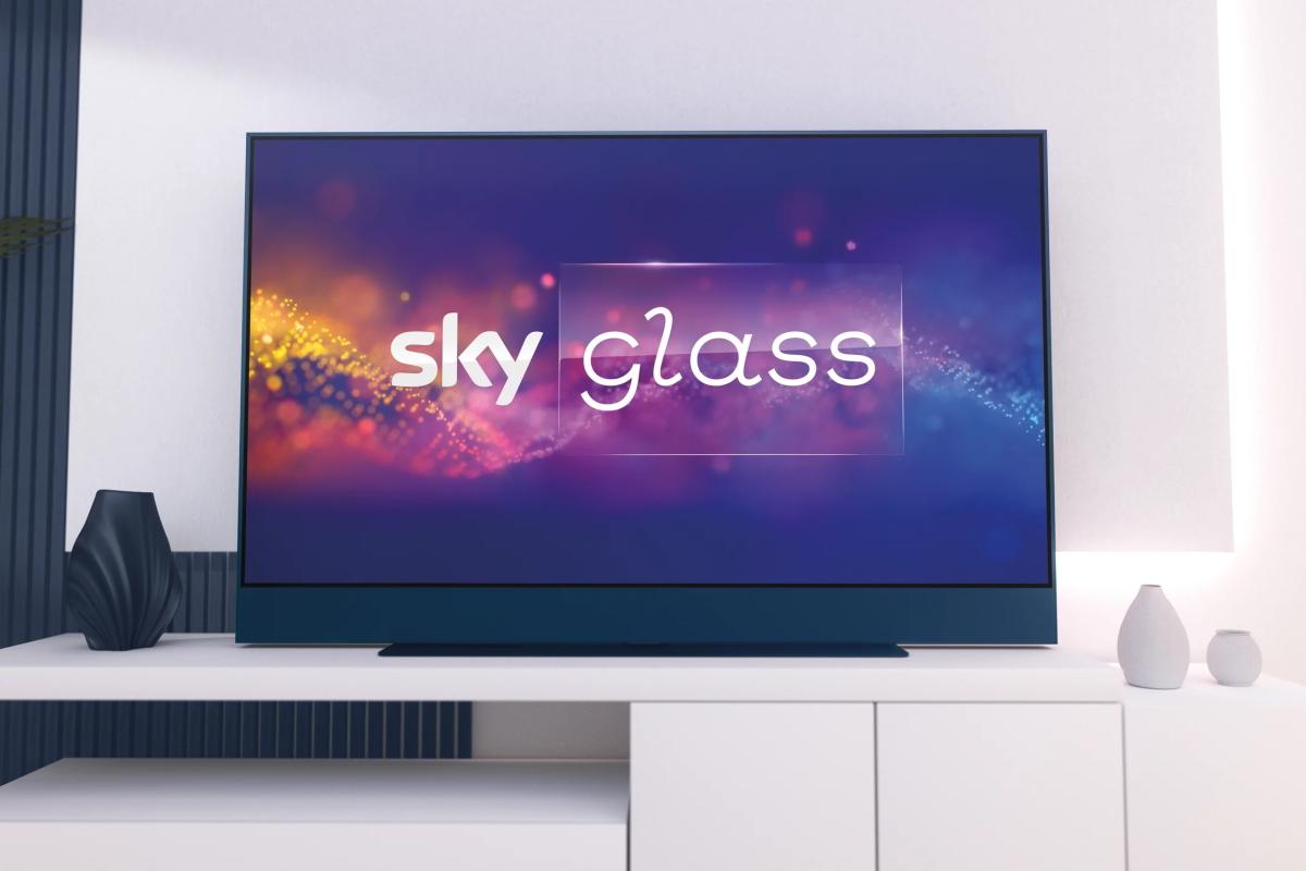 Sky Glass Fernseher an der Wand